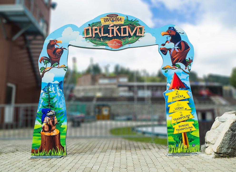 Tabuľa Aluboard Vstupná brána do areálu Orlíkovo